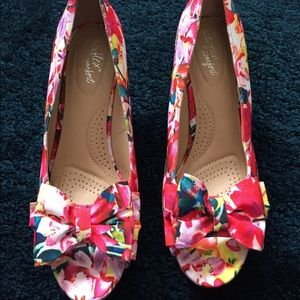 Dexflex Comfort - Floral Colored Wedges Size 10W